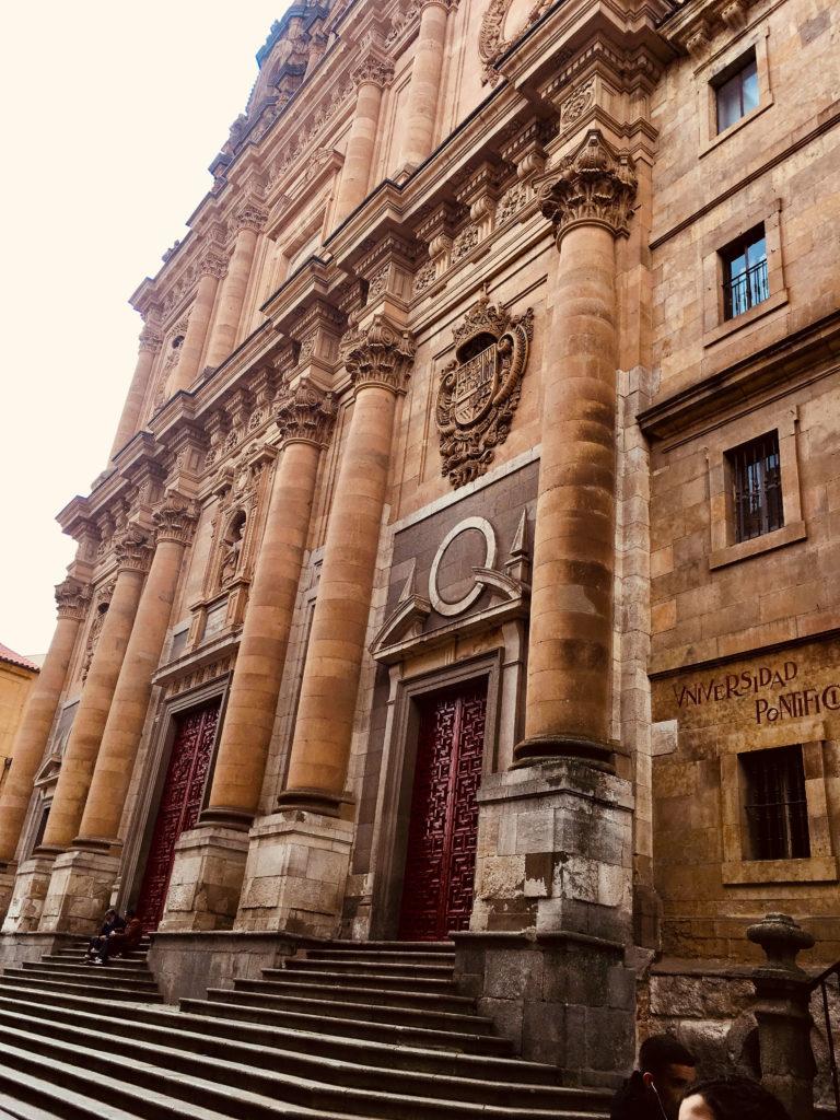 Universidade Pontifícia - Roteiro na Mão